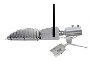 Luminaria tarkus con telegestión y cámara de vigilancia